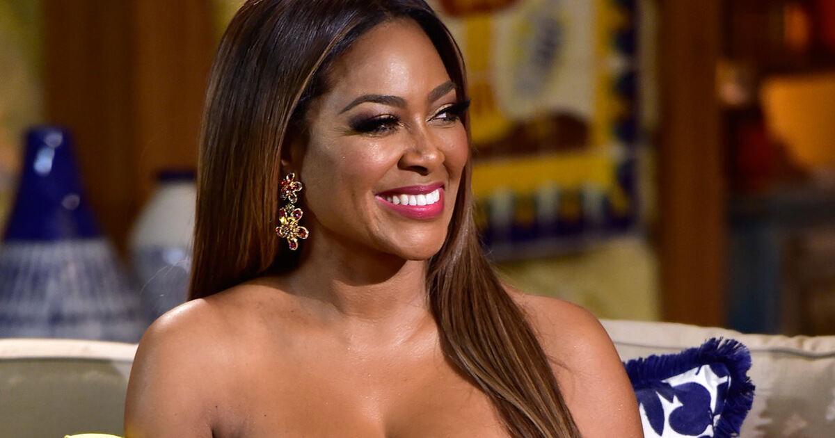 Kenya Moore Announces Her Pregnancy Kandi Burruss